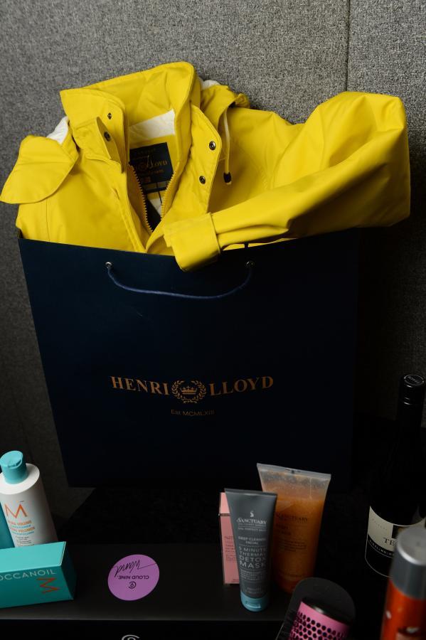 Drogie prezenty dla gości EMA 2012