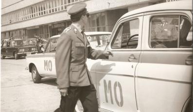 Warszawa w mundurze milicji obywatelskiej
