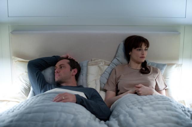 """Jude Law i Rachel Weisz w filmie """"360. Połączeni"""""""