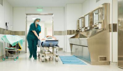 Pielęgniarka z pacjentem