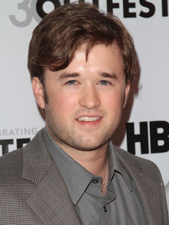 Haley Joel Osment (2012)