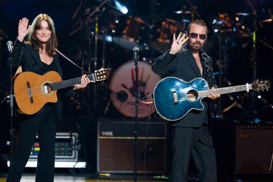 Carla Bruni i Dave Stewart podczas koncertu z okazji 91-urodzin Nelsona Mandeli – 18 lipca 2009