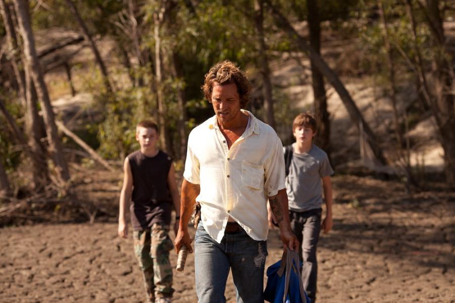 """7. """"Uciekinier"""" (reż. Jeff Nichols)"""