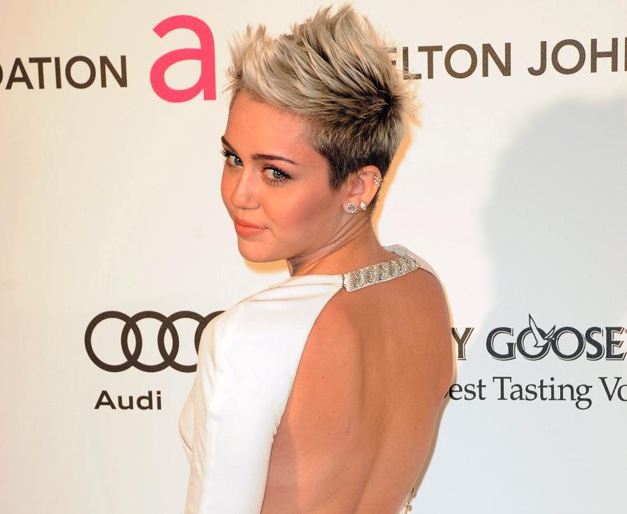 Miley Cyrus poirytowana własną twórczością