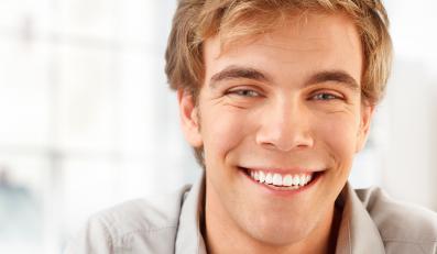Jak przekonać mężczyznę, by chodził do dentysty