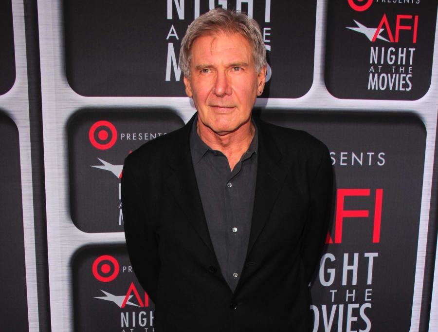 Harrison Ford w obronie \