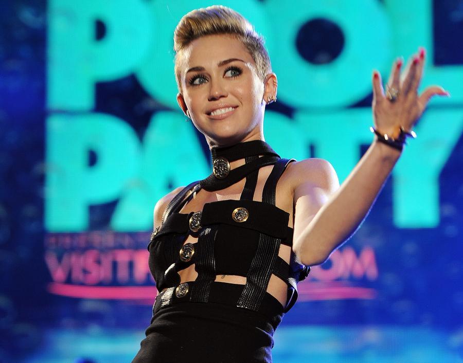 Miley Cyrus: Czekanie na premierę jest frustrujące