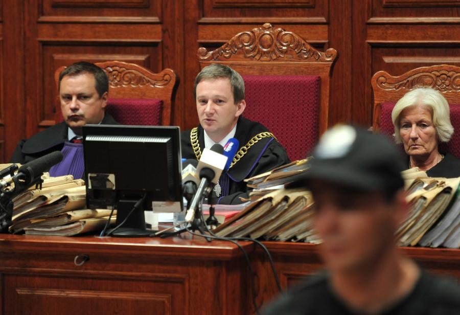 Sąd odczytuje wyrok w sprawie Papały