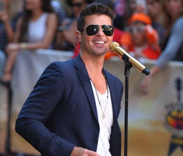"""1. Robin Thicke – """"Blurred Lines"""" (feat. T.I., Pharrell)"""