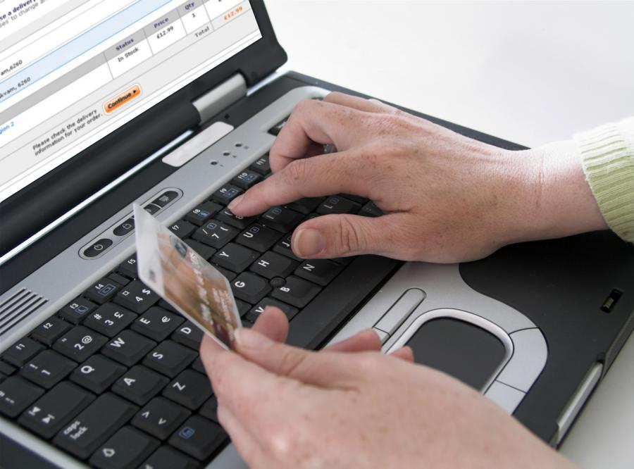 Internauci chcą płacić za gazety w sieci