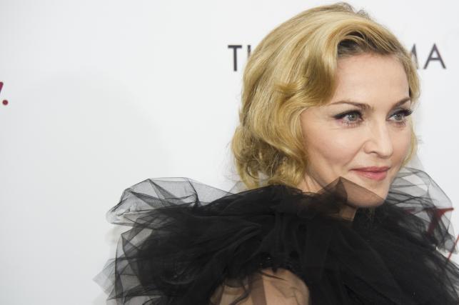 """Madonna na amerykańskiej premierze swego filmu """"W.E"""" (2012)"""