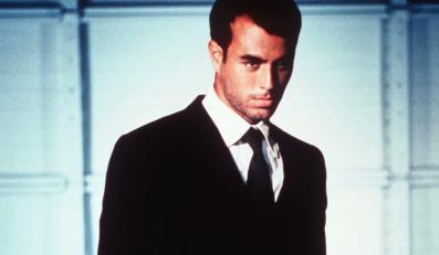 "Enrique Iglesias przedstawia ""Turn The Night Up"""