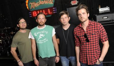 "Kings Of Leon zapowiada krążek ""Mechanical Bull"""