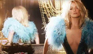 Britney Spears odstrasza piratów