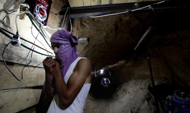 Wejdź do tuneli przemytników. Tajne korytarze w Strefie Gazy