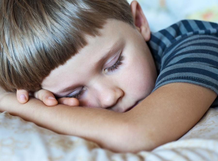 Dziecko potrzebuje zdrowego snu do dobrego rozwoju
