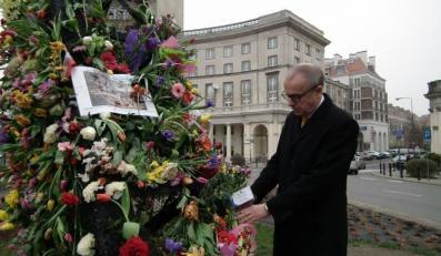 """Ambasador Szwecji """"odbudowuje"""" tęczę"""