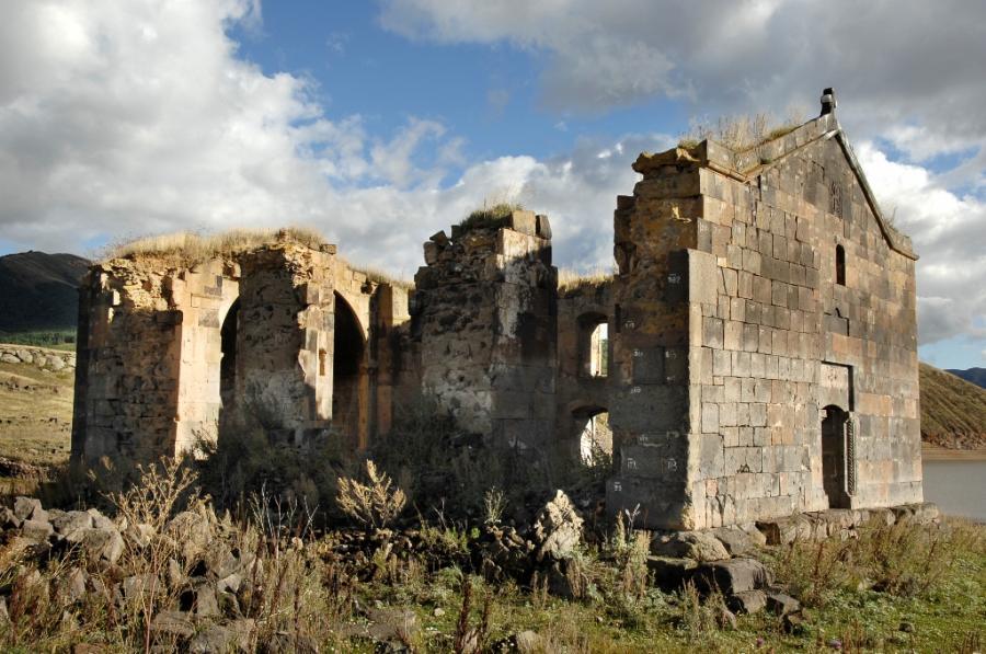 Kościół świętych Piotra i Pawła w Aragatsotn, Armenia (fot. Ministerstwo Kultury Republiki Armenii)