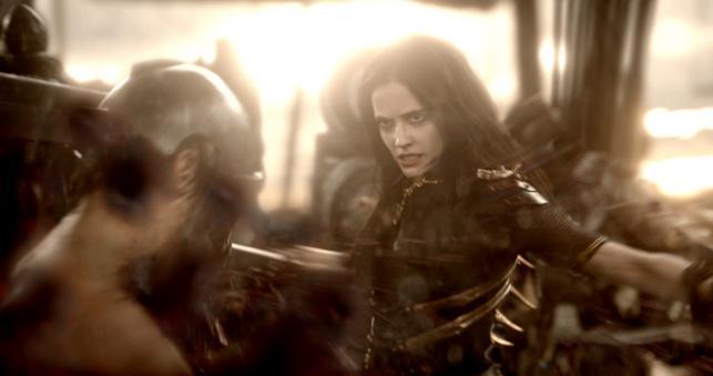 """Eva Green w filmie """"300: Początek imperium"""""""