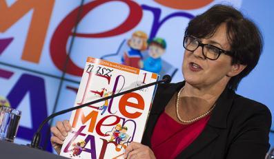 Joanna Kluzik-Rostkowska prezentuje rządowy elementarz