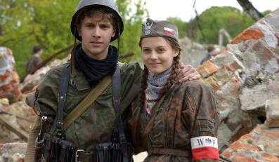"""Maciej Musiał na planie serialu """"Czas honoru"""""""