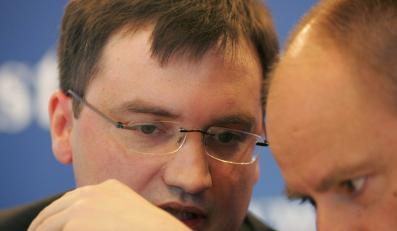 Raport ministerialnej komisji: Prokuratorzy Ziobry nie byli bezstronni
