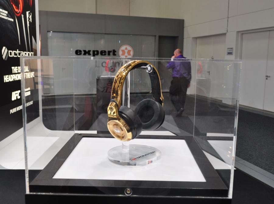 Złote słuchawki
