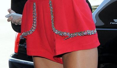 Kesha w ultrakrótkich szortach
