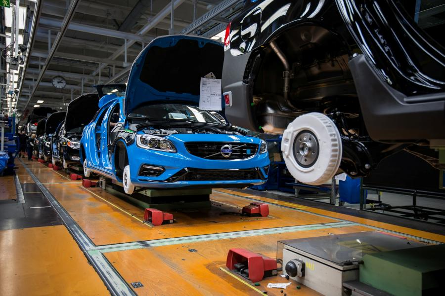 Volvo szuka ludzi do pracy i zatrudni 1300 osób