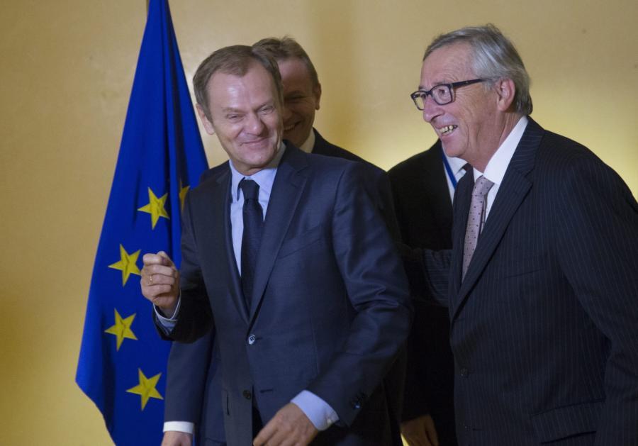 Donald Tusk na spotkaniu z Jose Barroso, Hermanem Van Rompuy\'em, Jean Claudem Junckerem
