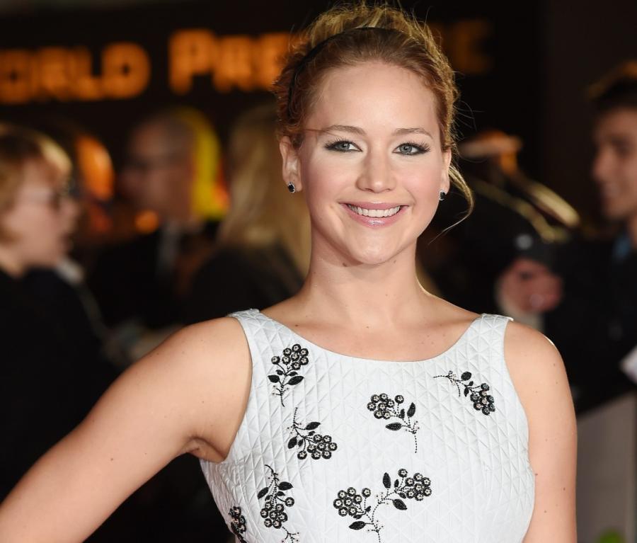 Jennifer Lawrence śpiewa w \