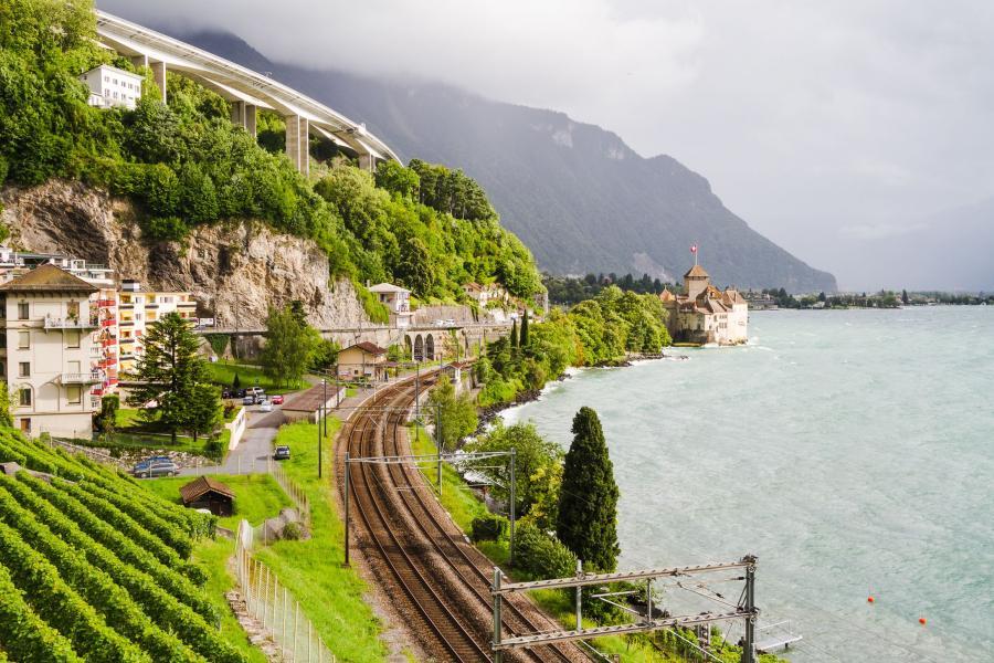 Zamek Chillon nad Jeziorem Genewskim, Szwajcaria