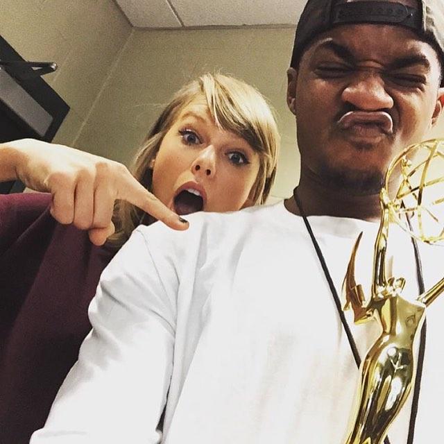 Urodzona pod szczęśliwątrzynastką,Taylor Swift świętowała zdobycie Emmy