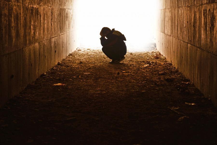 Dziecko w tunelu