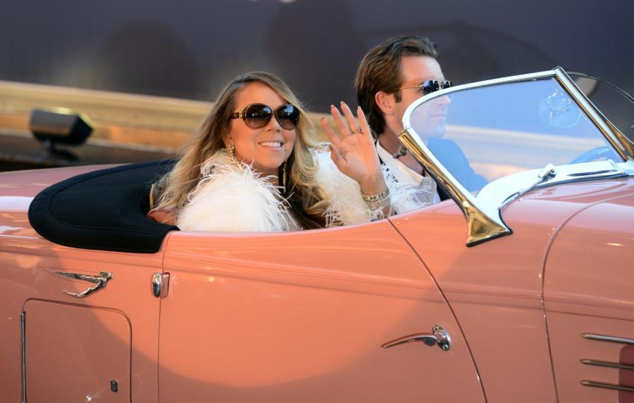 Kwiecień 2015: Mariah Carey rozpoczyna swoją rezydencję w Caesar's Palace w Las Vegas