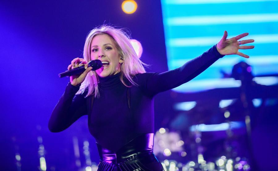 Ellie Goulding podczas koncertu w Barclaycard Arena w Hamburgu (21.01.2016)