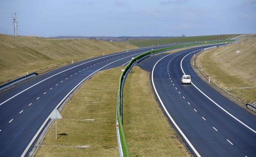 Odcinek autostrady A4 w okolicach Jarosławia na Podkarpaciu. Trasa może zostać nazwana Autostradą Pamięci Żołnierzy Wyklętych