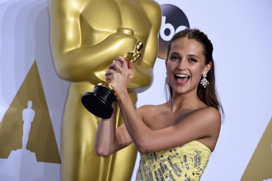 """Oscary 2016 – najlepsza aktorka drugoplanowa: Alicia Vikander, """"Dziewczyna z portretu"""""""