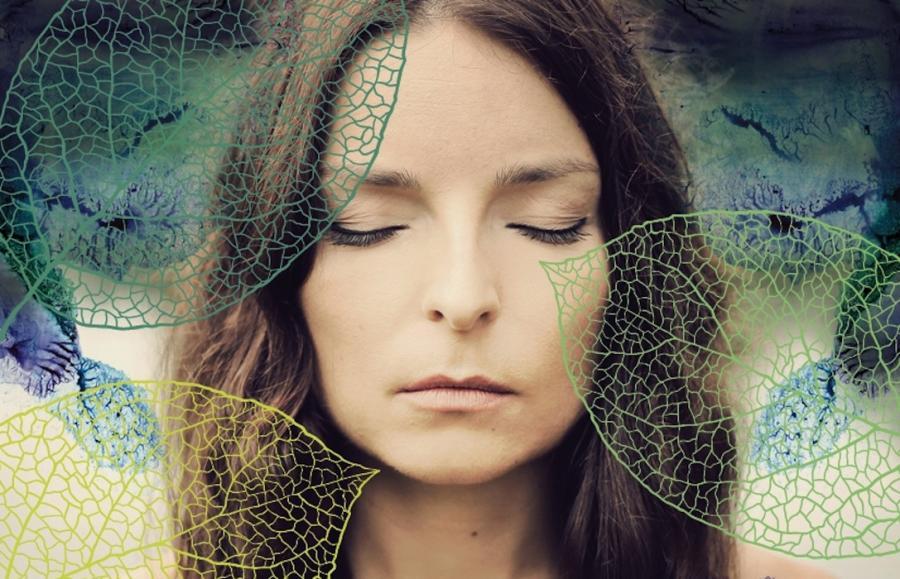 Ewa Abart na okładce albumu \