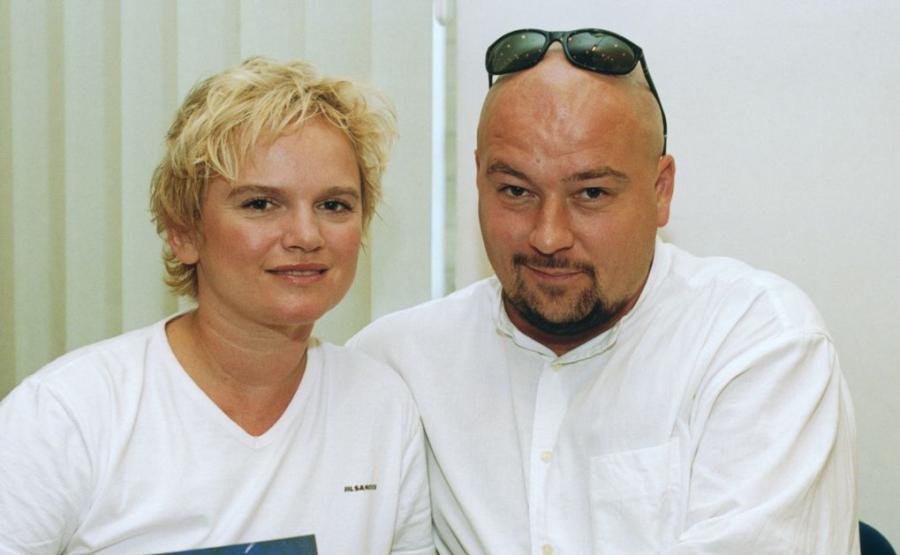 Katarzyna Figura, Kai Schoenhals
