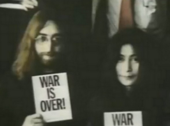 "John Lennon ""War is over"""