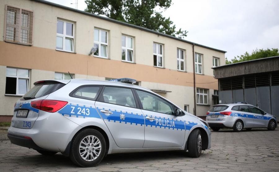 Parking przy komisariacie Warszawa Włochy przy ul. 17 Stycznia