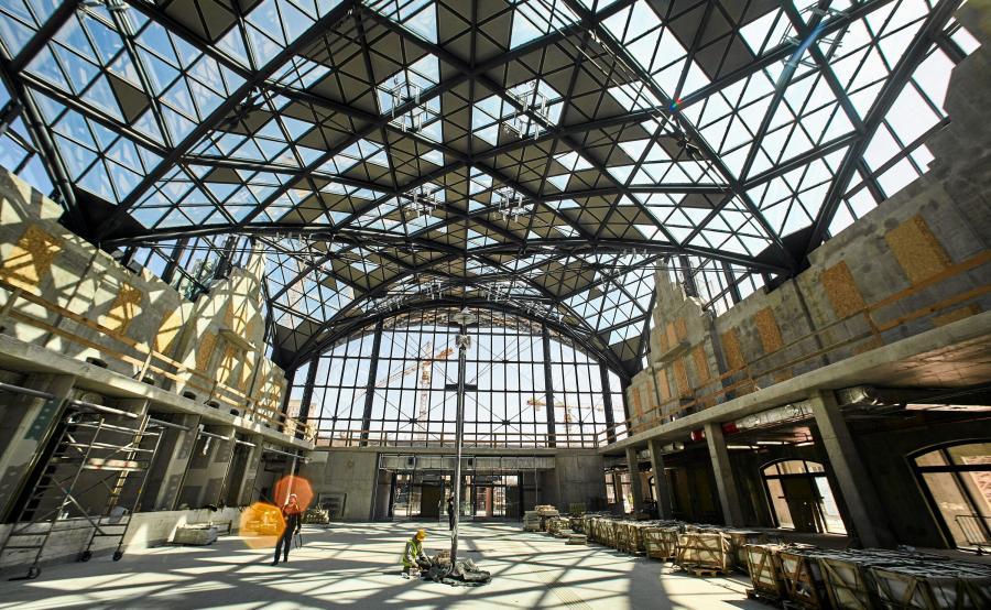 Hala dworca Łódź Fabryczna w budowie