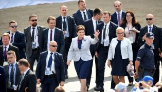Premier Beata Szydło i szefowa KPRM Beata Kempa na ŚDM