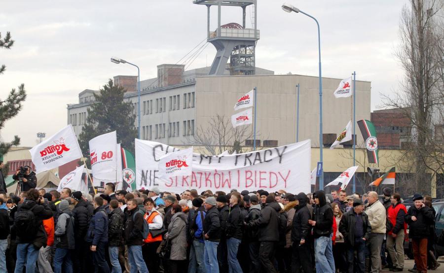 Marsz pracowników KWK Sośnica-Makoszowy oraz ich rodzin i mieszkańców miasta w obronie miejsc pracy