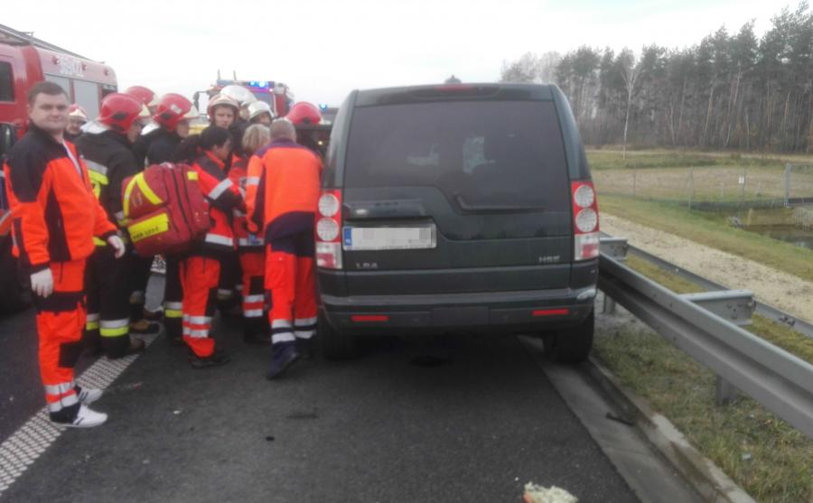 Ratownicy na miejscu wypadku