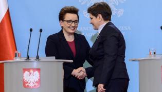 Premier Beata Szydło i minister edukacji narodowej Anna Zalewska