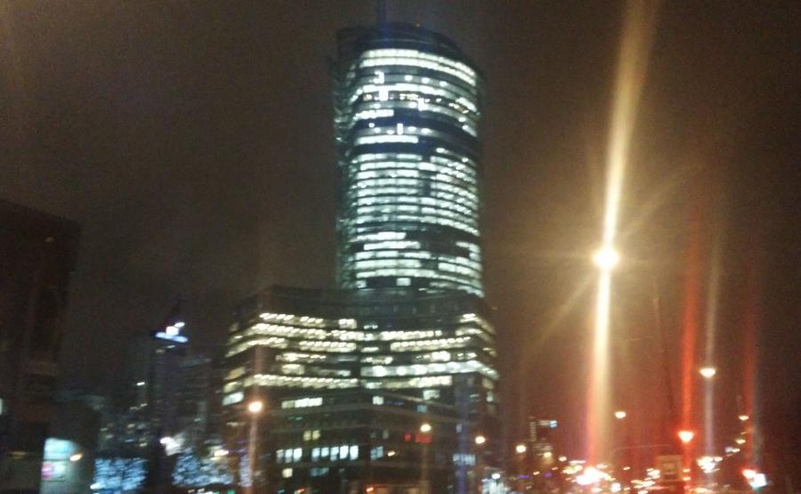 Zdjęcie zrobione nocą aparatem w telefonie ZTE Nubia Z7 Max